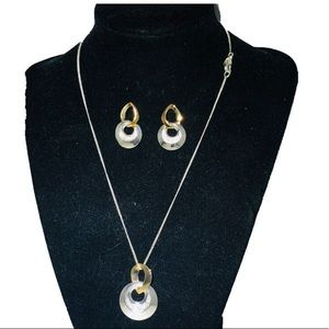 SAQ necklace and earrings set EUC